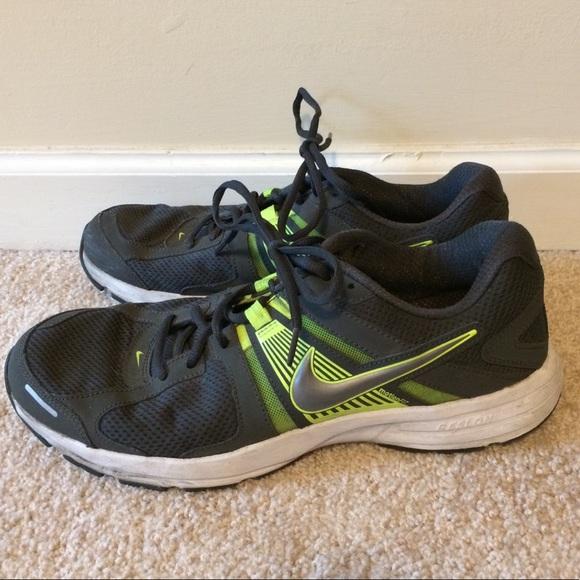 e49fb72fb03e8 Men s Nike Dart 10 gray and green shoes size 11. M 5a8499c4f9e50139868e9a86